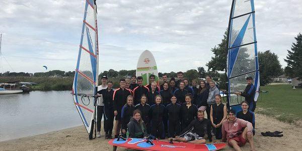 """Der Wind """"Weth"""" – Exkursion der Wassersport-AG ans Veluwemeer"""