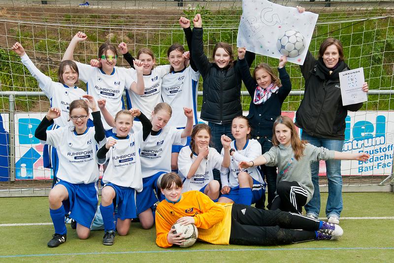 fbg_dieschule_schulmannschaften_fussball_2012_02